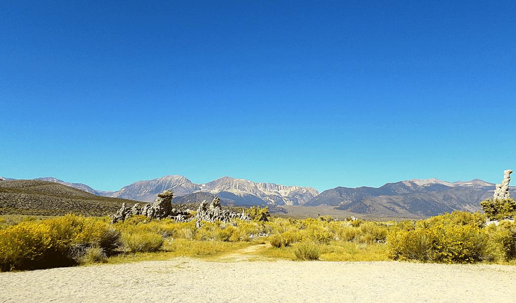 Mono Lake Sierra Nevada achtergrond