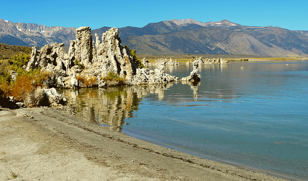Tufa's in Mono Lake oever