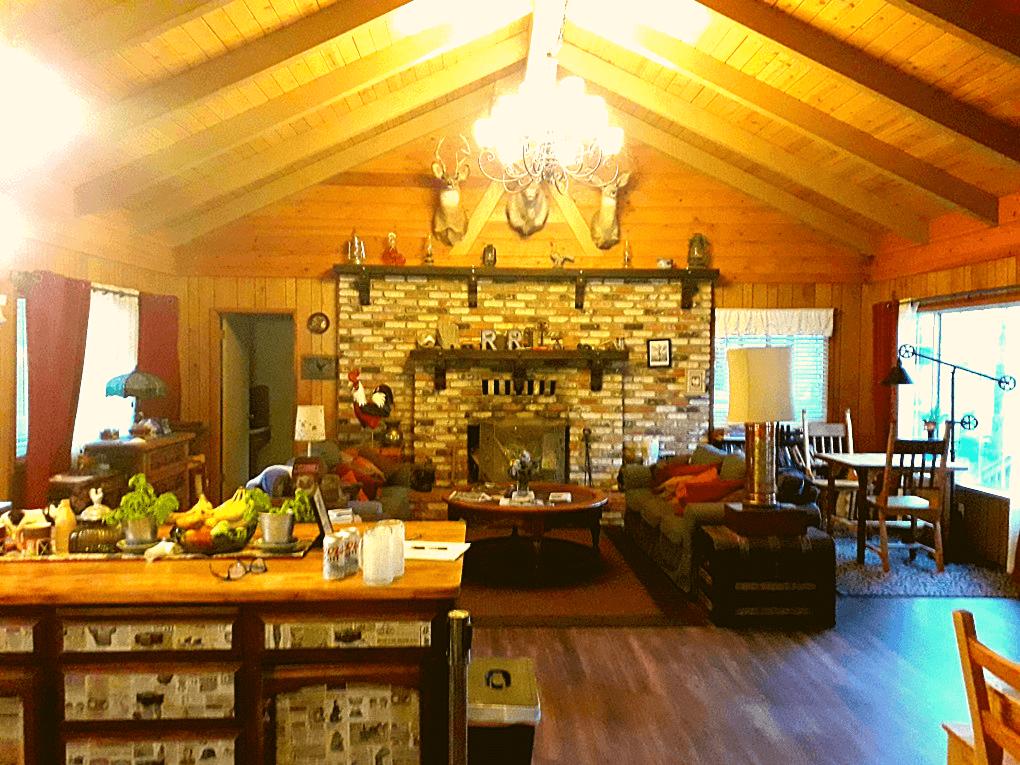 Red Rooster Lodge binnen
