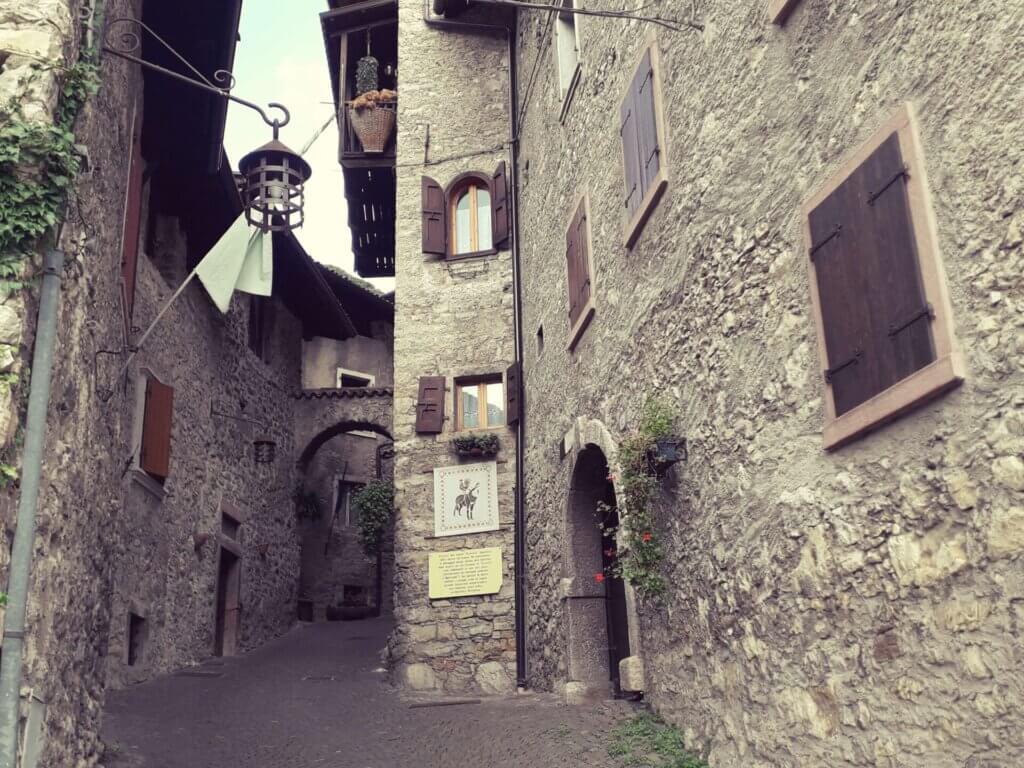 Canale di Tenno dorpje omgeving Riva