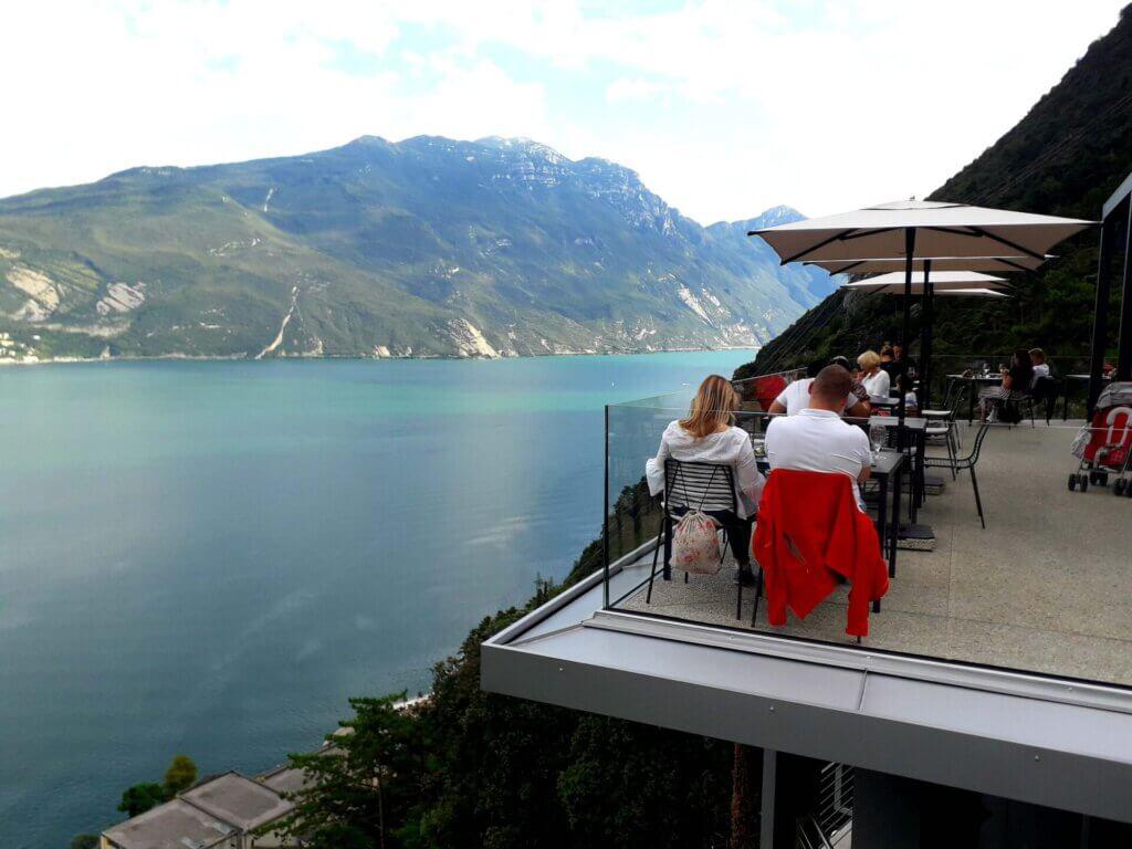 Uitzicht terras in Riva